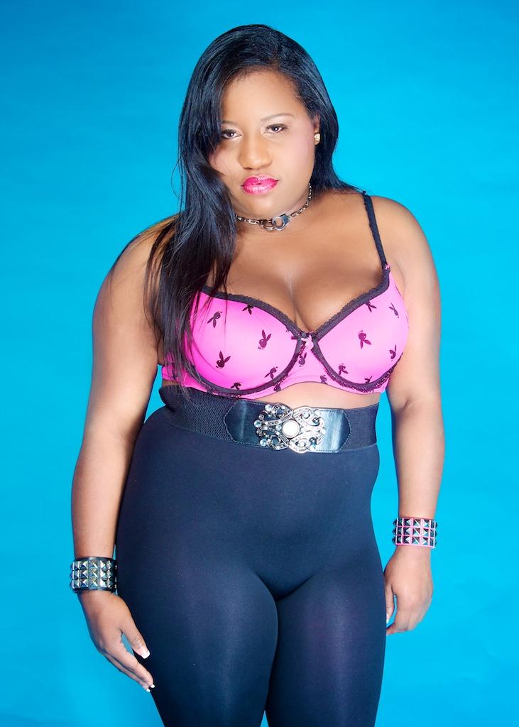 Female model photo shoot of MarieMonroe