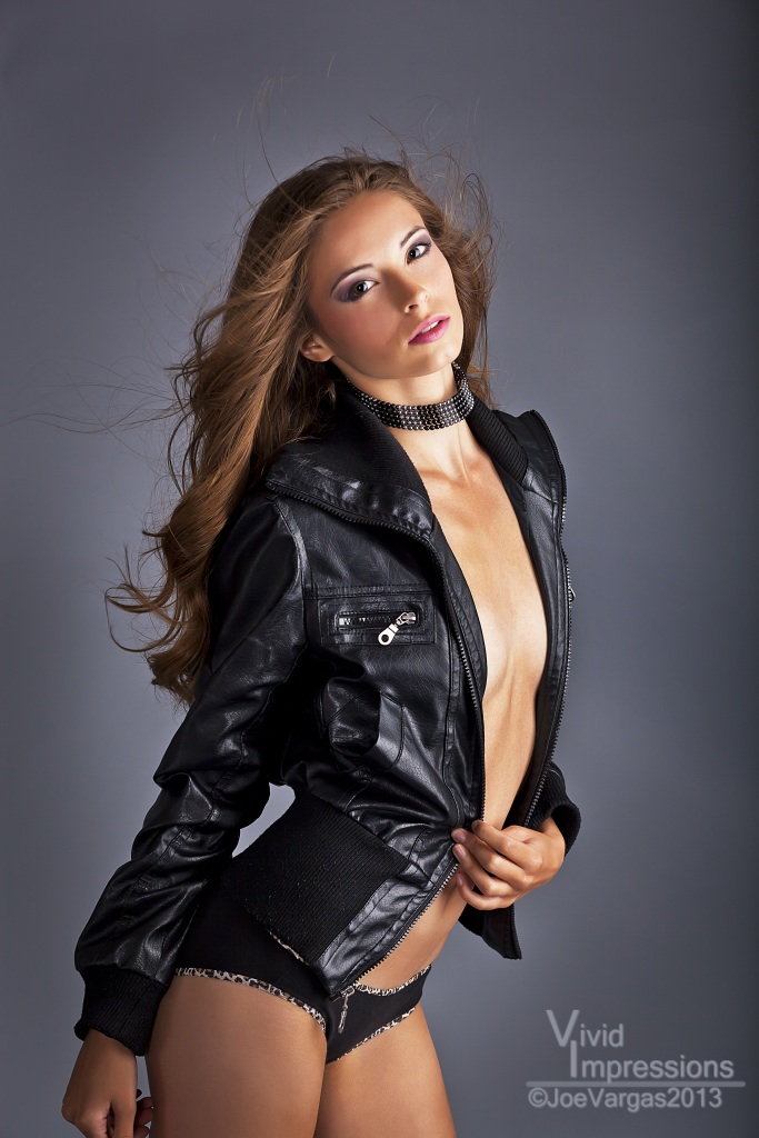 http://photos.modelmayhem.com/photos/130815/05/520ccfdcd6a93.jpg