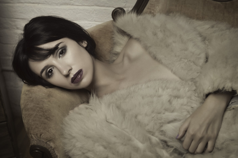 http://photos.modelmayhem.com/photos/130819/10/5212552ff3a9e.jpg