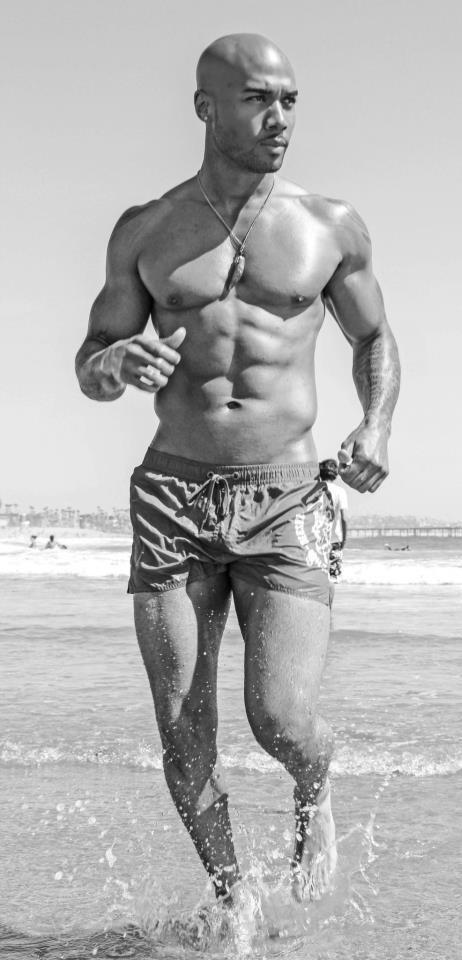 Male model photo shoot of Raphael LaVont in Venice Beach