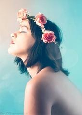 https://photos.modelmayhem.com/photos/130821/19/52157c553d0bc_m.jpg