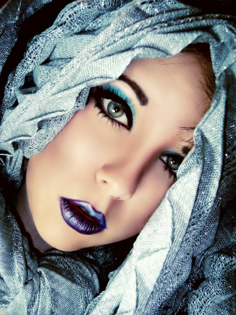 http://photos.modelmayhem.com/photos/130823/19/5218185241ffa.jpg