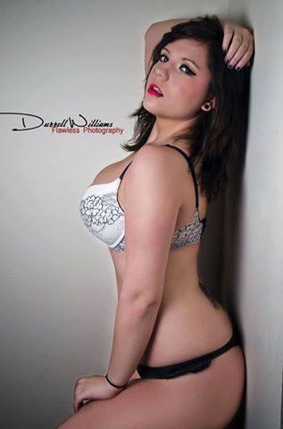 Female model photo shoot of Allie Heartsong