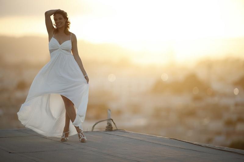 Female model photo shoot of Clair Loran