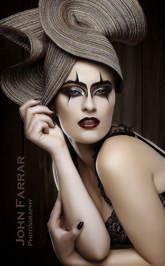 http://photos.modelmayhem.com/photos/130829/11/521f96fd83e33.jpg