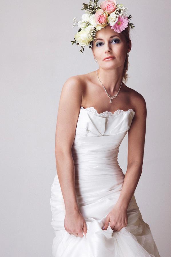 Female model photo shoot of Kyraaa in Visagieschool Micky Jooren Tilburg