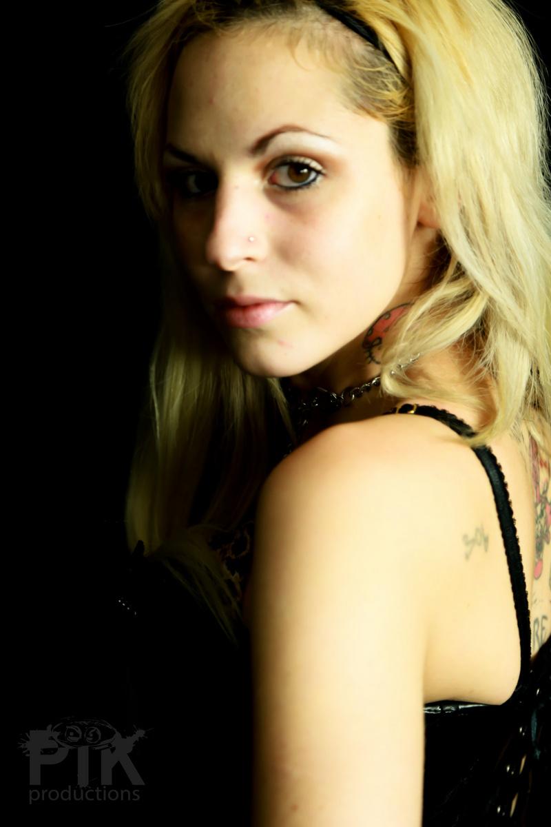 Female model photo shoot of xXBeautiful DisasterXx