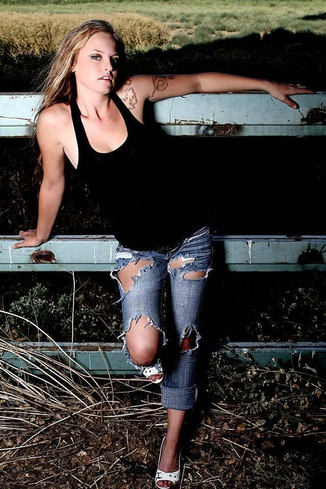Female model photo shoot of Kami W