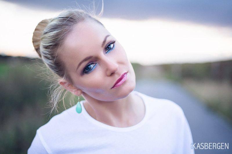 Female model photo shoot of Kyraaa