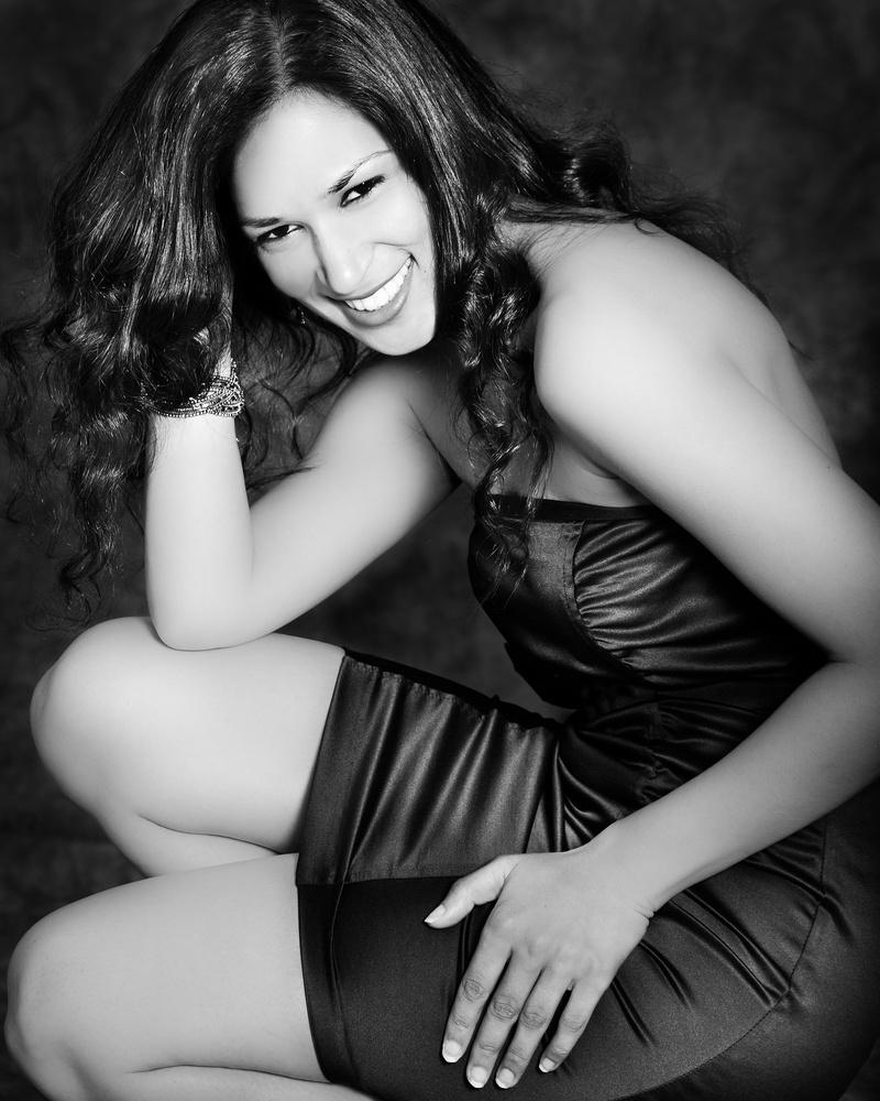 Julianne Gentry Photography Studio Sep 16, 2013 Pragati Gupta Fun dress shot
