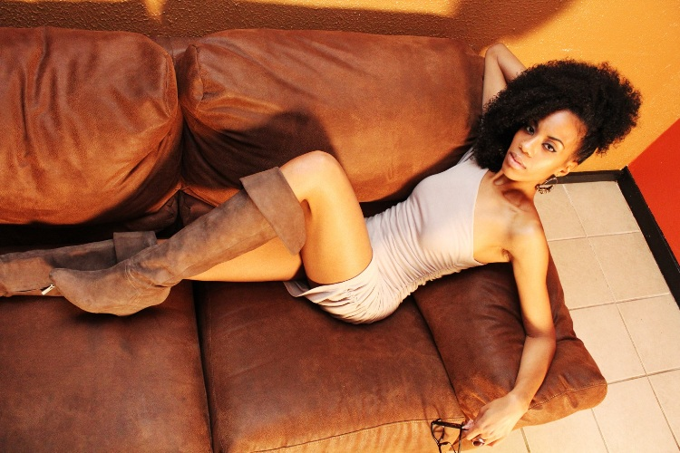 Female model photo shoot of Unique Angel