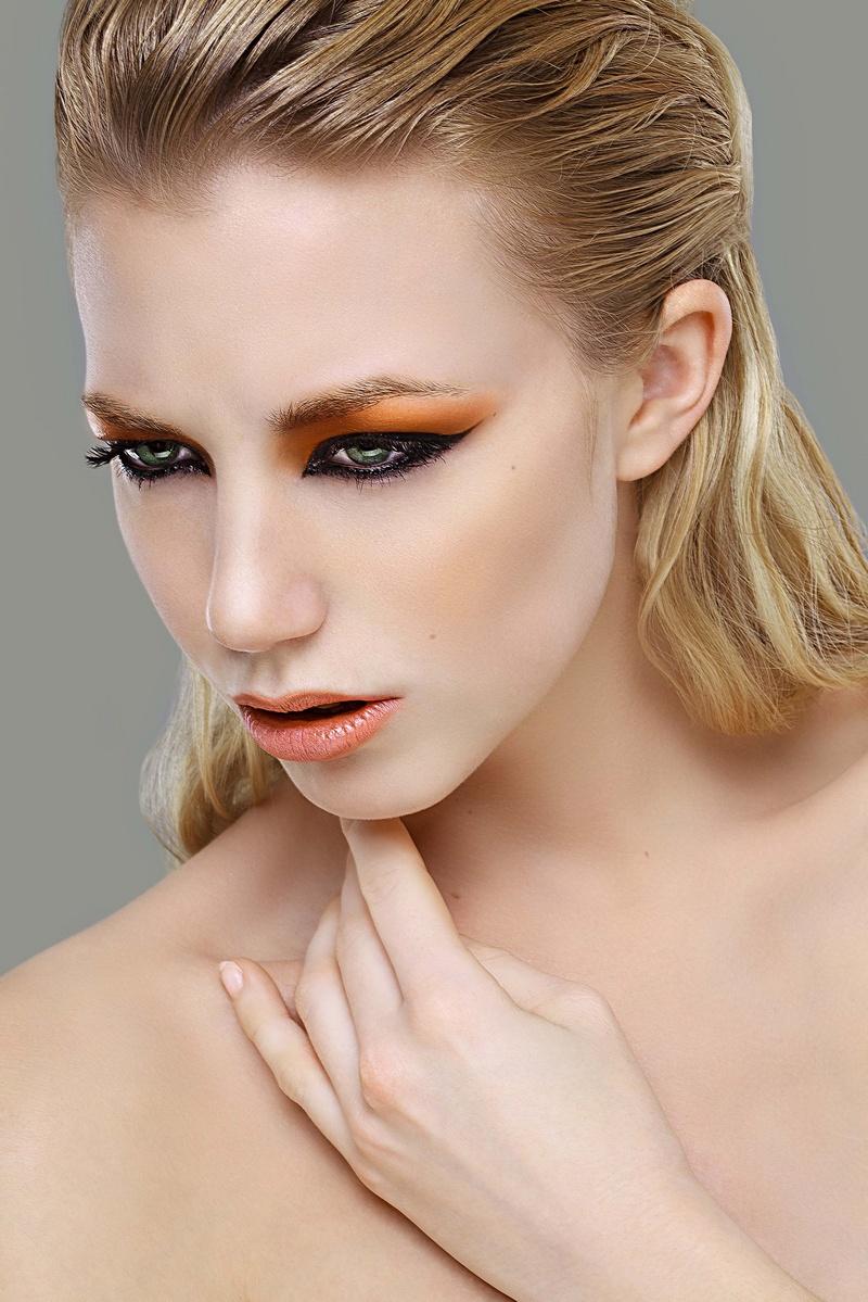 http://photos.modelmayhem.com/photos/130917/14/5238c6d5cc258.jpg
