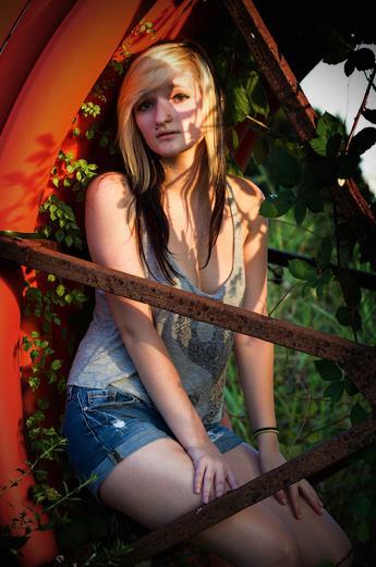 Female model photo shoot of Alyssa Podaras by huremics