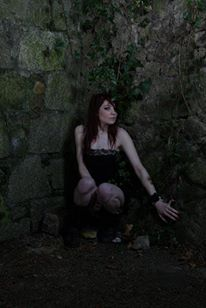 Female model photo shoot of Lisa Neary by Adrian Hogan  in Ducketts Grove, makeup by Denise Neary