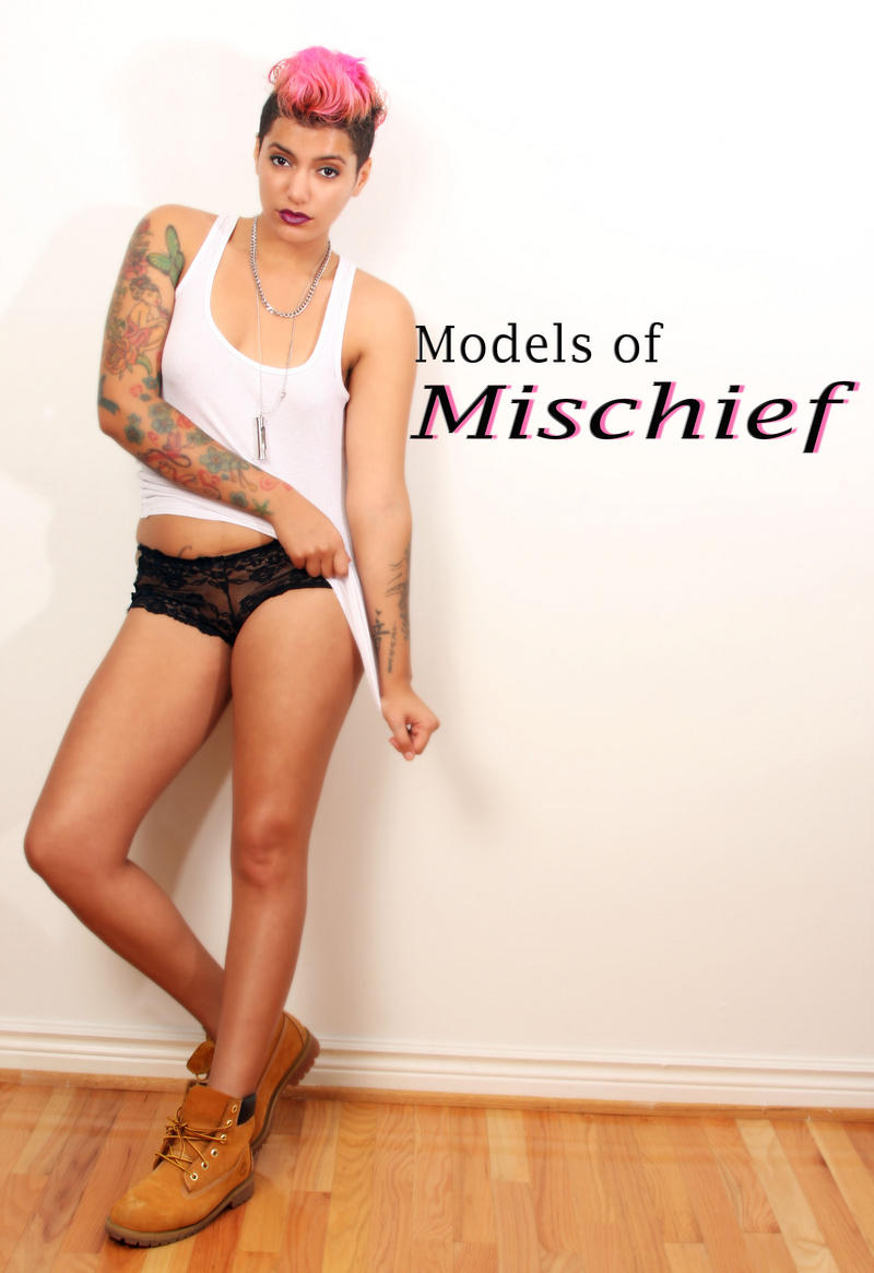 http://photos.modelmayhem.com/photos/131006/19/5252185c5c6ac.jpg