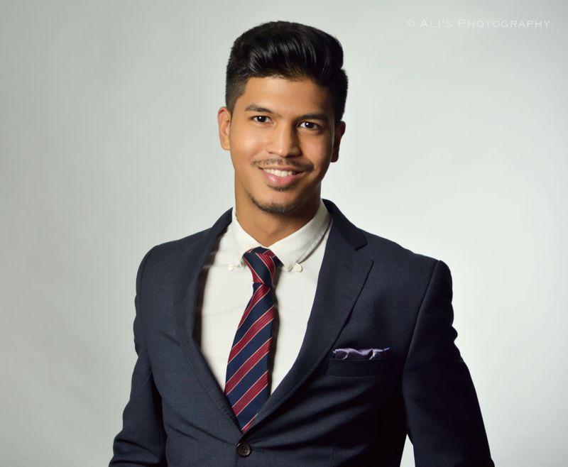 Male model photo shoot of Daniel deVera in Brentwood