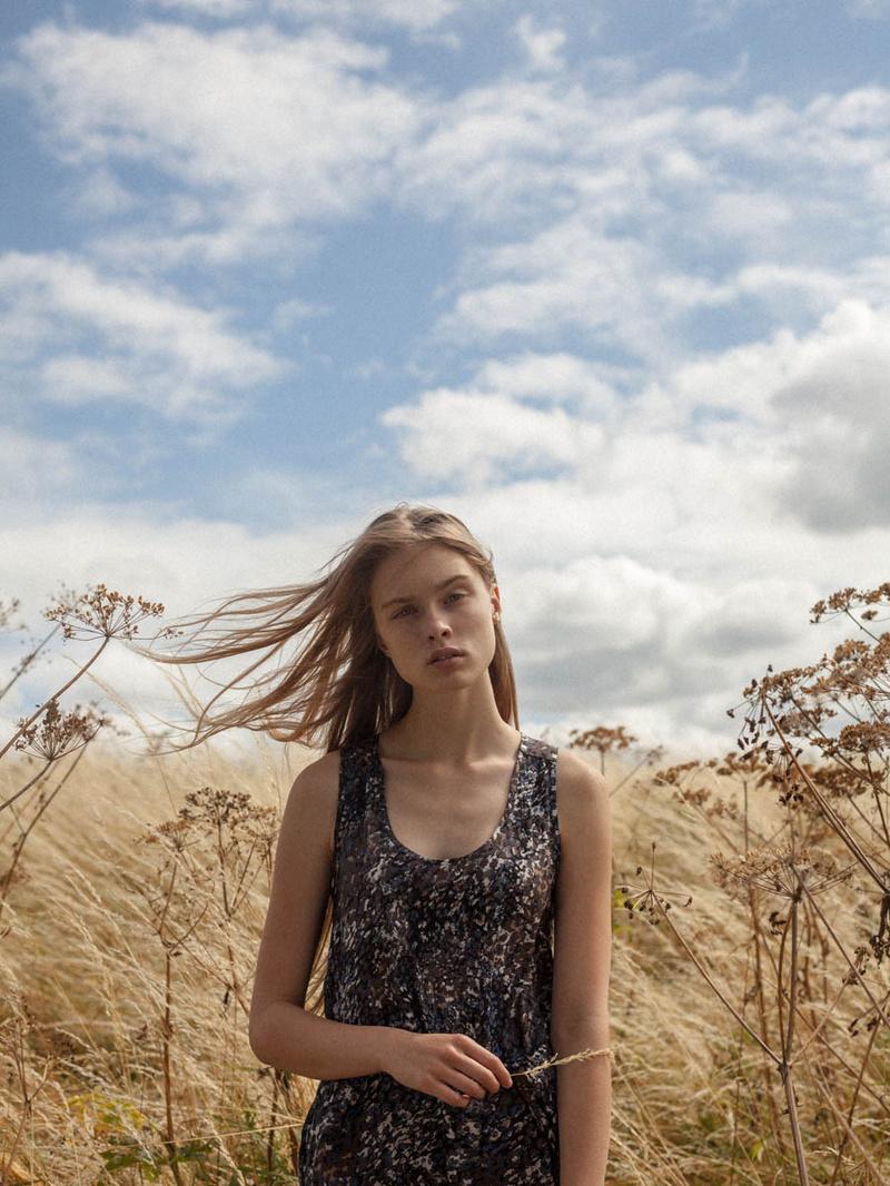 Female model photo shoot of Bianca Guthrie in Greenwich