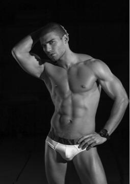 Male model photo shoot of Adlyz