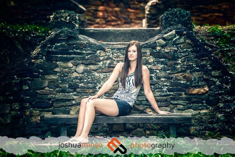 Female model photo shoot of itsbrittanyxhi