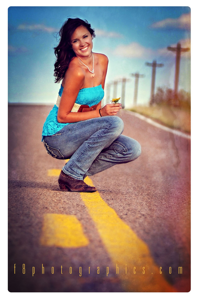 http://photos.modelmayhem.com/photos/131029/20/527082040006b.jpg
