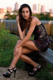 http://photos.modelmayhem.com/photos/131103/20/527725d147894_m.jpg