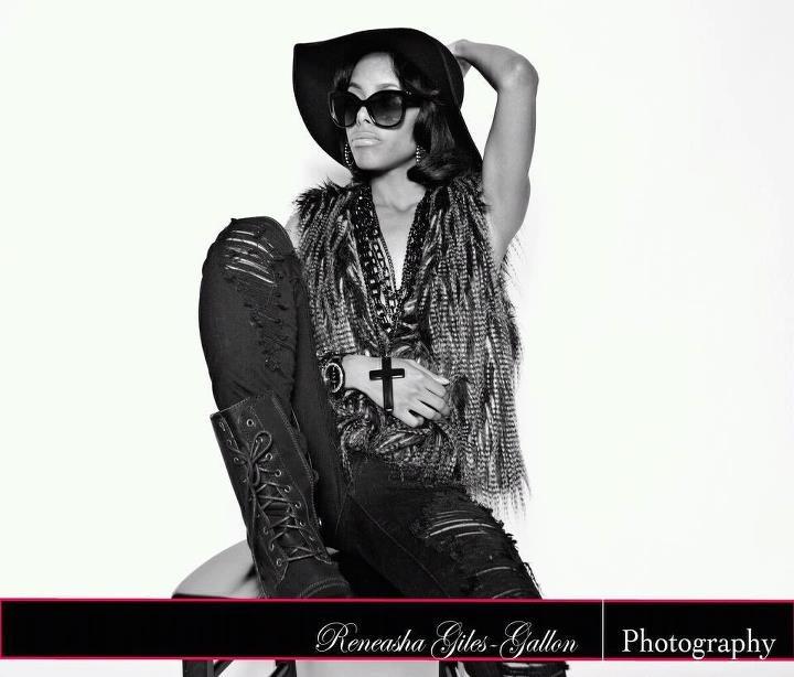 Female model photo shoot of Chynah