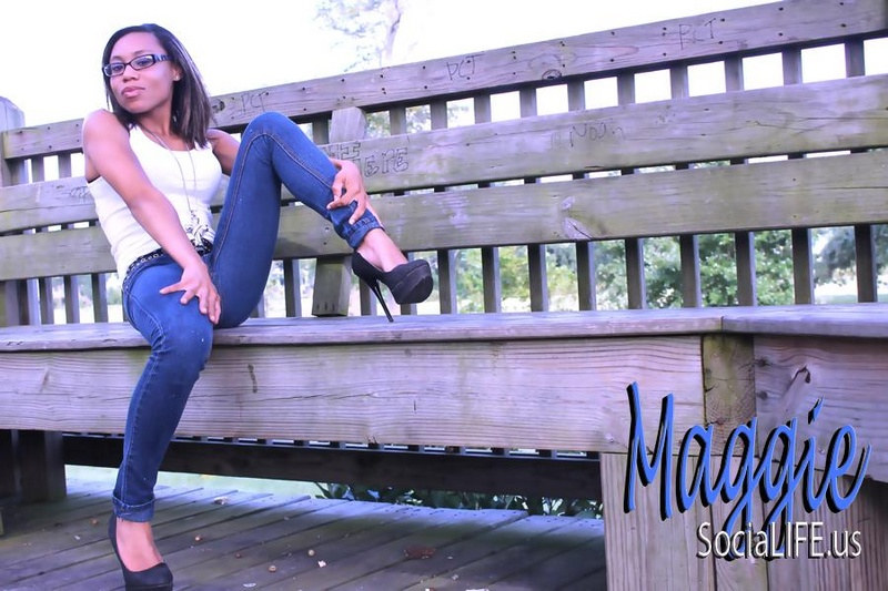 Female model photo shoot of SexiHoney228 in Jones Park