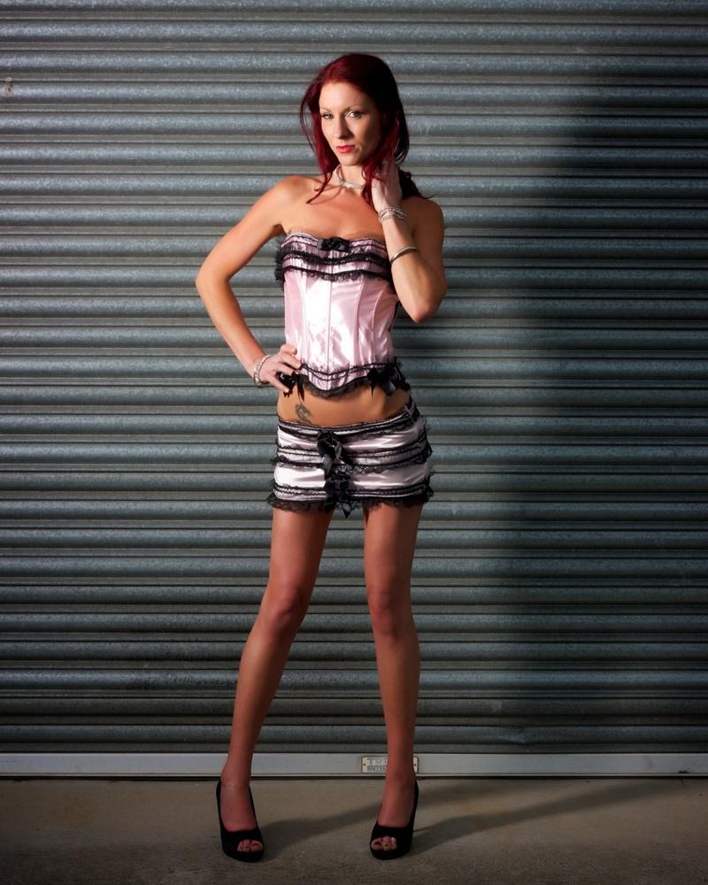 http://photos.modelmayhem.com/photos/131111/17/528189d137fa7.jpg