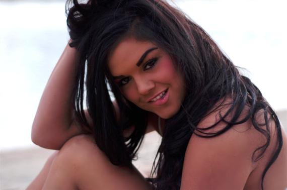 Female model photo shoot of LaurenBr00ke