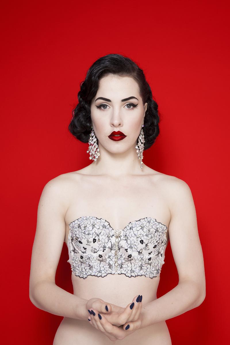 Female model photo shoot of Frankie Faux