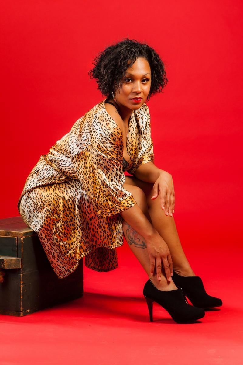 Female model photo shoot of ClaraBee by Sonny Morgan