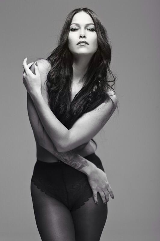 Female model photo shoot of Cheryl Echevarria