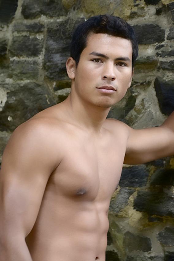 Male model photo shoot of Miguel Omari by Guy De Rudder