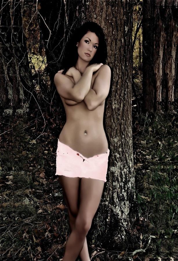 Female model photo shoot of JamieJones