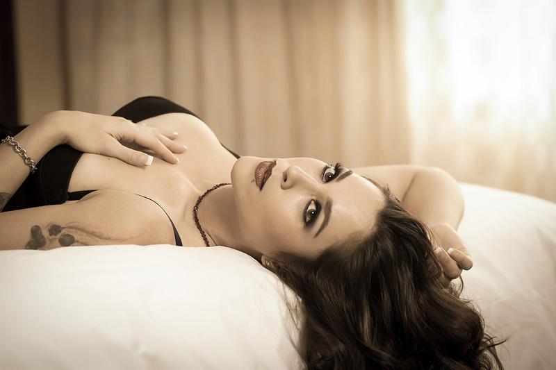 Female model photo shoot of kylenelima