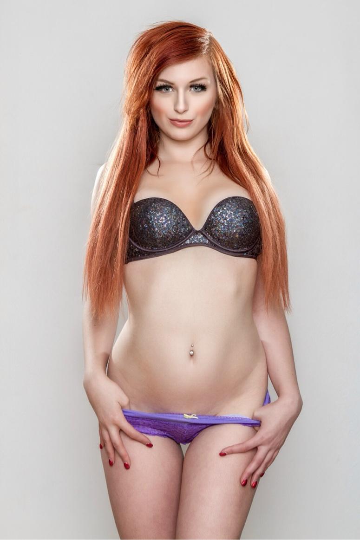 Female model photo shoot of Ericaconleyyy