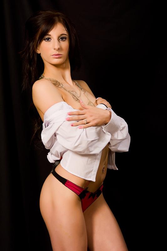 Female model photo shoot of KayleighJayne