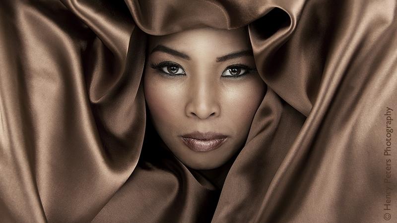 Female model photo shoot of Linda Nedel
