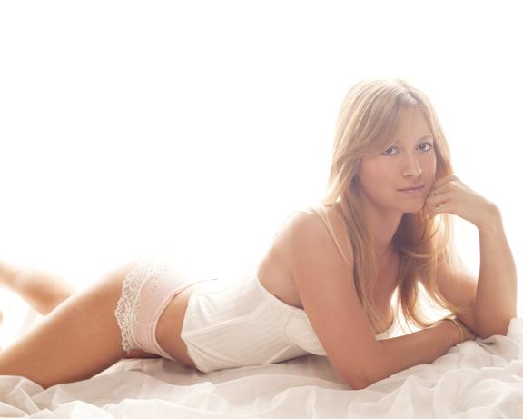 Female model photo shoot of Jessica Garment