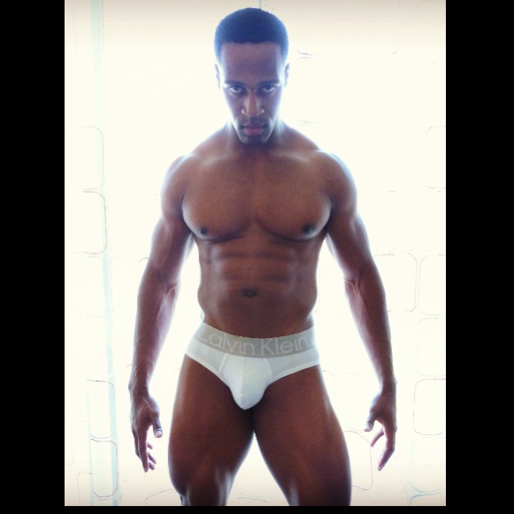 Male model photo shoot of Marlon Briscoe