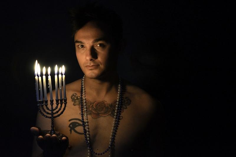 Male model photo shoot of Jeremiah Heinz by EButterfieldPhotography