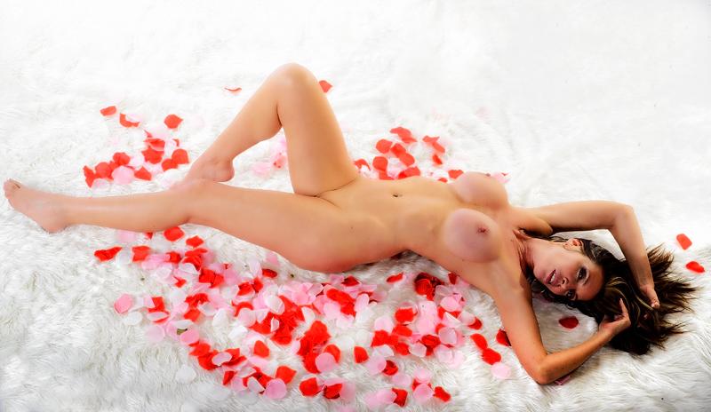 Shine Maria cedar nude the