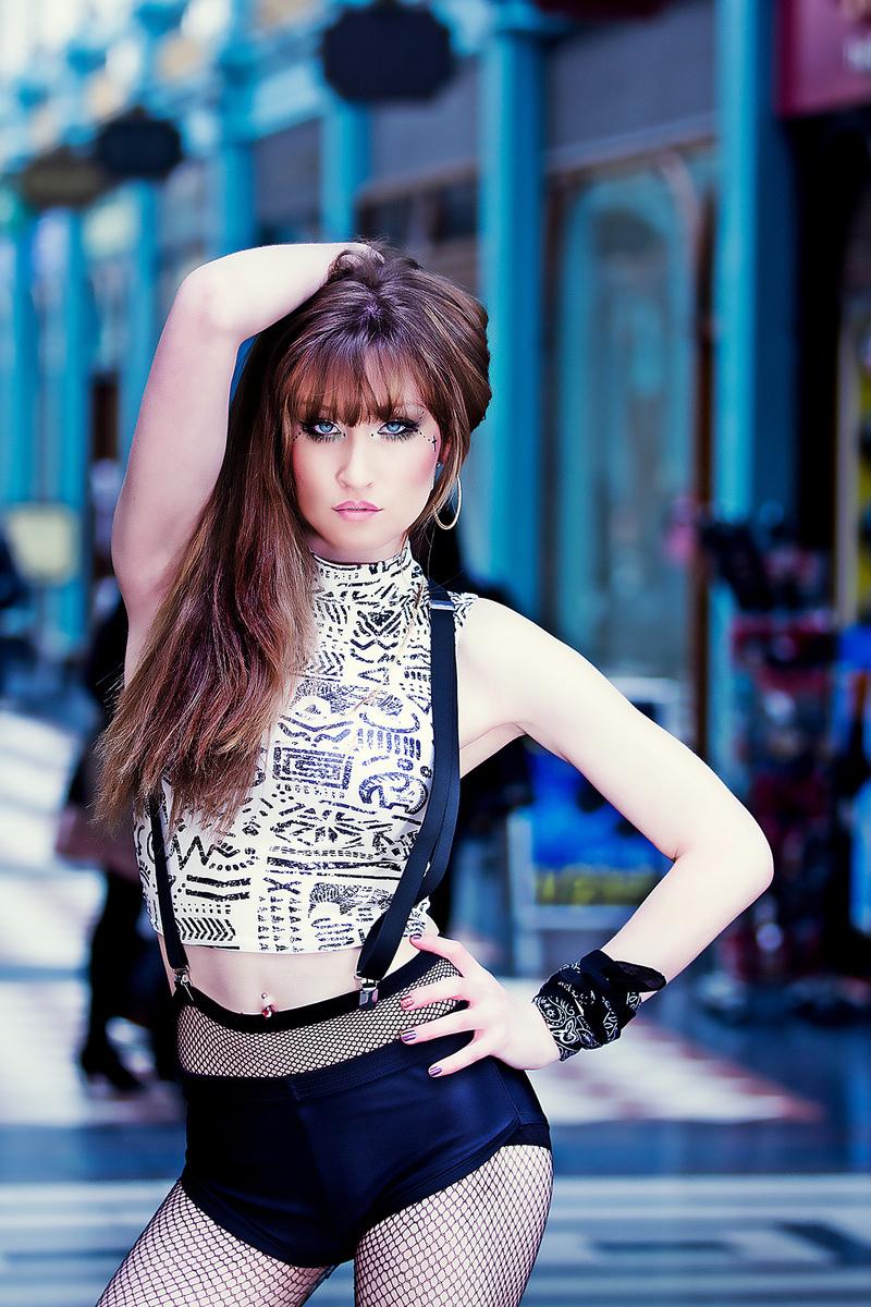 http://photos.modelmayhem.com/photos/140208/08/52f65dd189f83.jpg