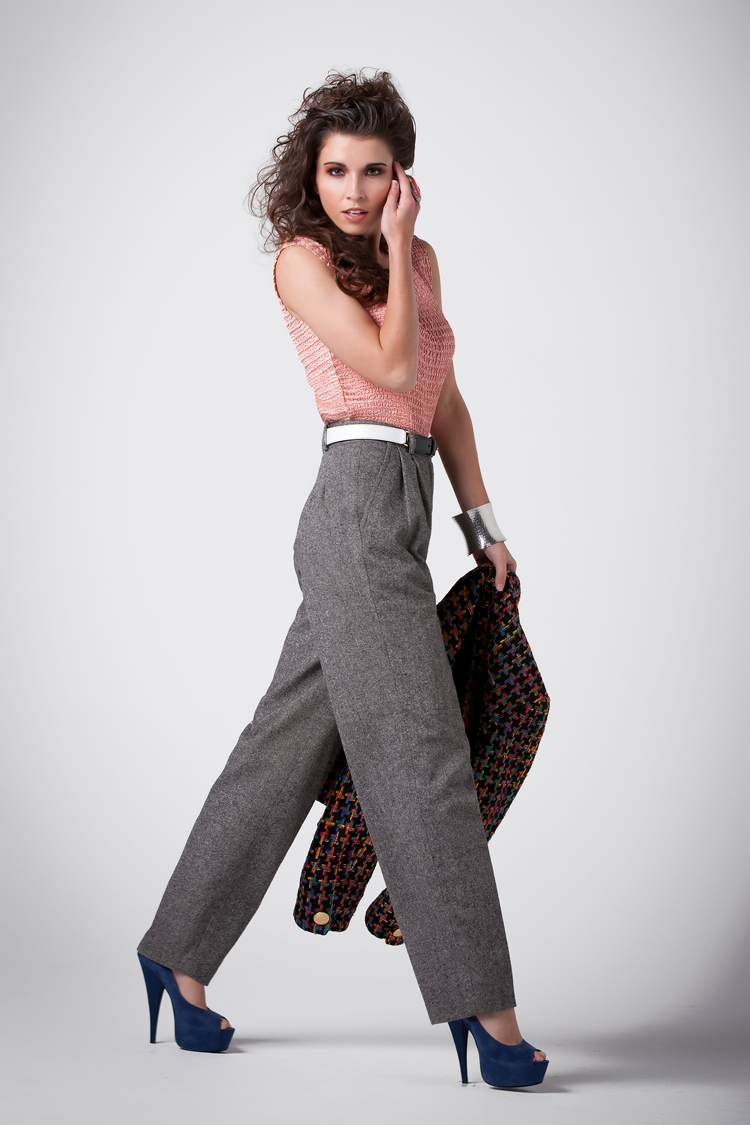 Female model photo shoot of TheAmberDiann