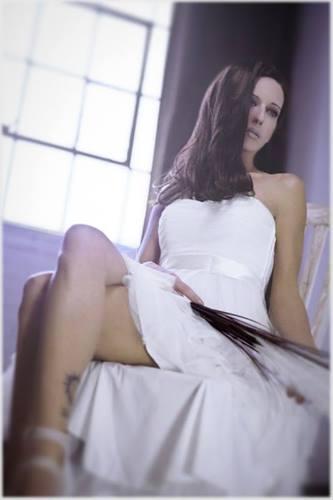 Female model photo shoot of Catherine Doherty