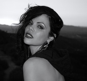 http://photos.modelmayhem.com/photos/140218/22/530453394b290_m.jpg