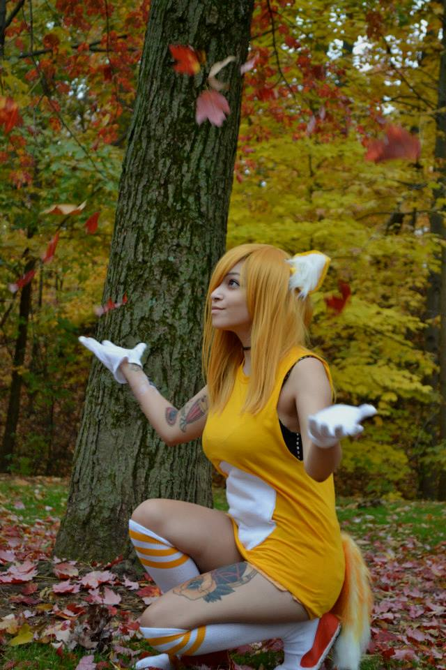 Feb 19, 2014 Tails Cosplay!