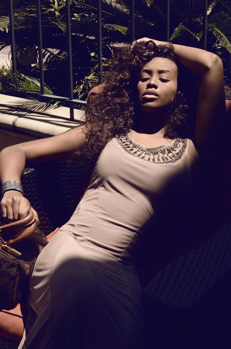 Female model photo shoot of Bella-Lia