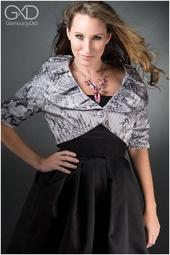 http://photos.modelmayhem.com/photos/140304/00/531588734cc68_m.jpg