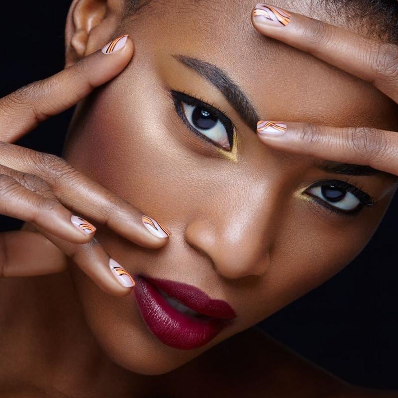 Female model photo shoot of aleetha clanton